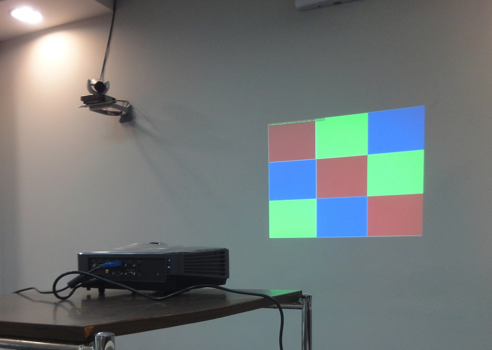 Как выбрать домой проектор
